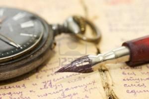 Lorsque tu me liras.... dans l'Amour 8834593-lettres-anciennes-et-stylo-comme-arriere-plan-300x199